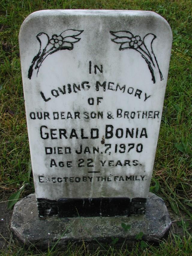 BONIA, Gerald (1970) CLN01-3466