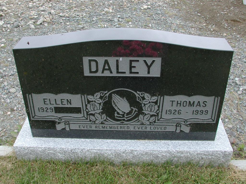 DALEY, Thomas (1999) & Ellen ODN01-7731