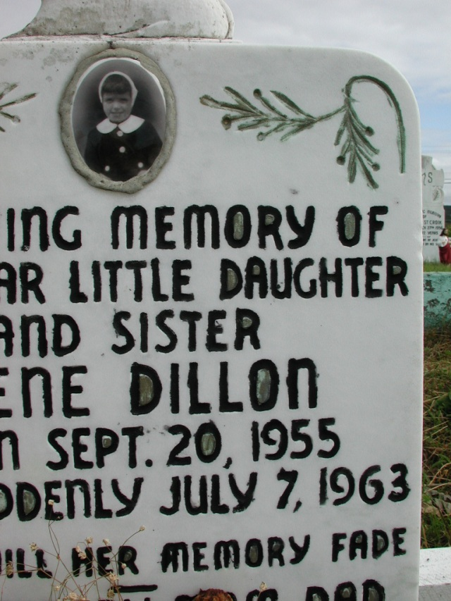 DILLON, Irene (1955) STM01-2497