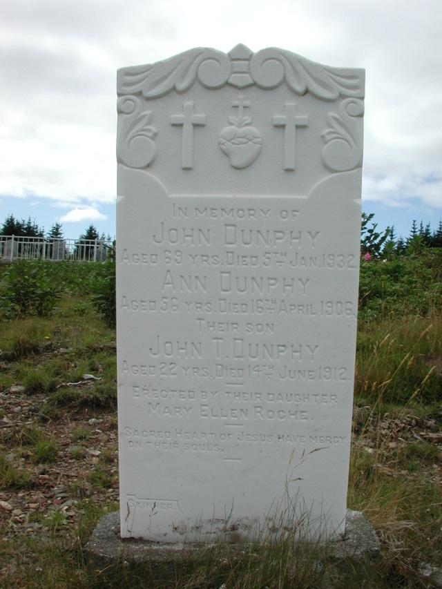 DUNPHY, John (1932) & Ann (1906) & John T BRA01-7705