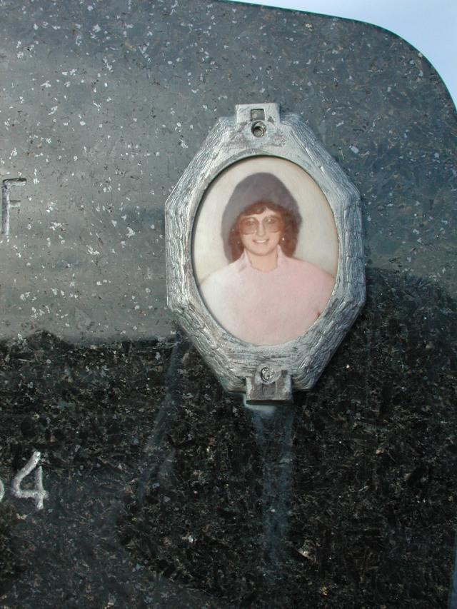 GIBBONS, Augusta (1984) STM03-3736