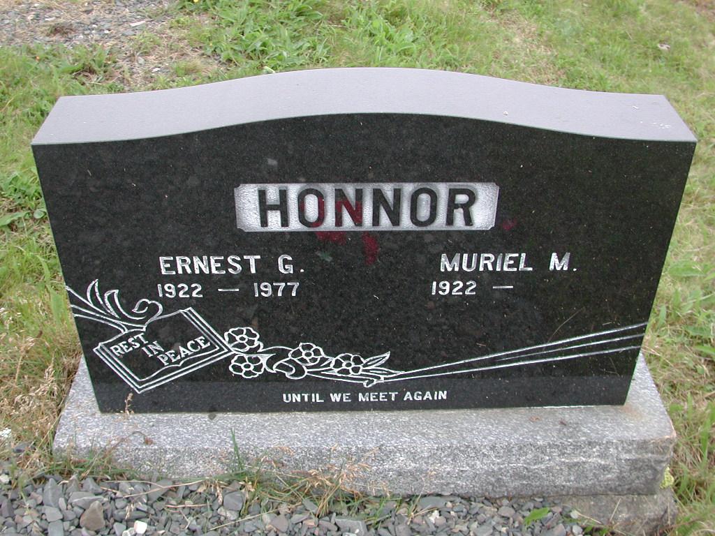 HONNOR, Ernest G (1977) & Muriel M SJP01-7442
