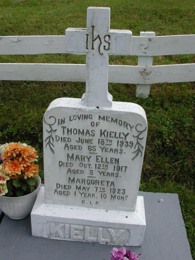 KIELLY, Thomas (1939) & Mary Ellen & Margureta STM01-8137