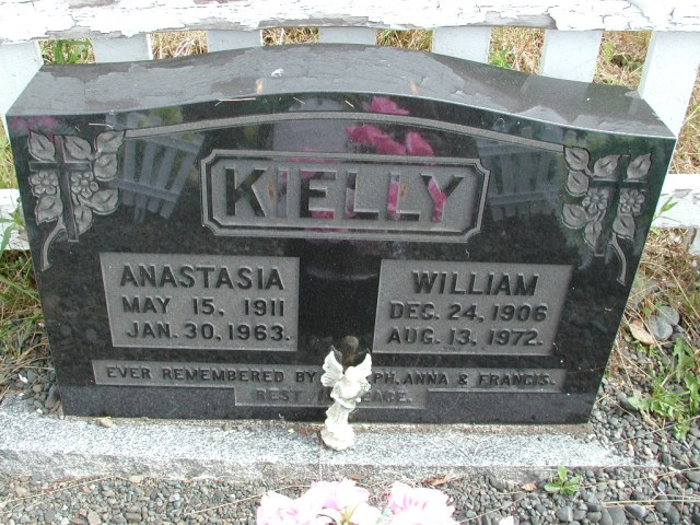 KIELLY, William (1972) & Anastasia (1963) STM01-8268