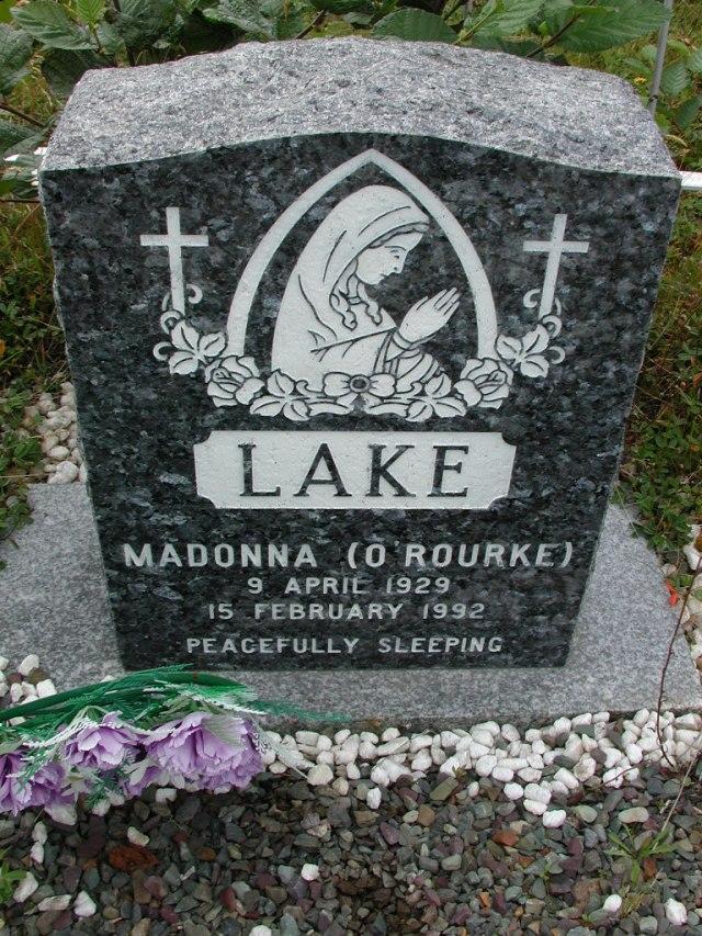 LAKE, Madonna ORourke (1992) BRA01-3164