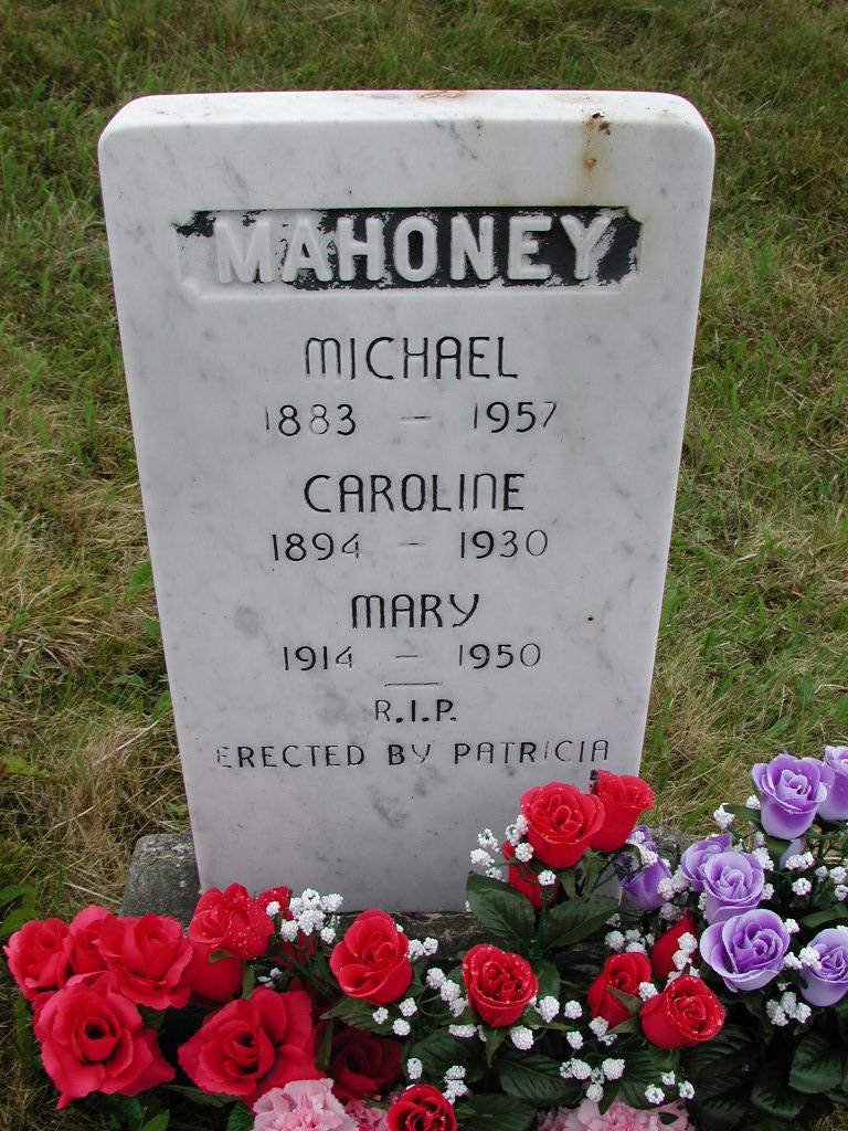 MAHONEY, Michael (1957) & Caroline & Mary SJP01-7439