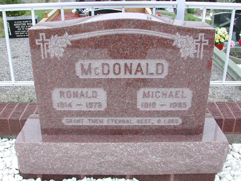MCDONALD, Ronald (1978) & Michael (1985) SJP01-7385