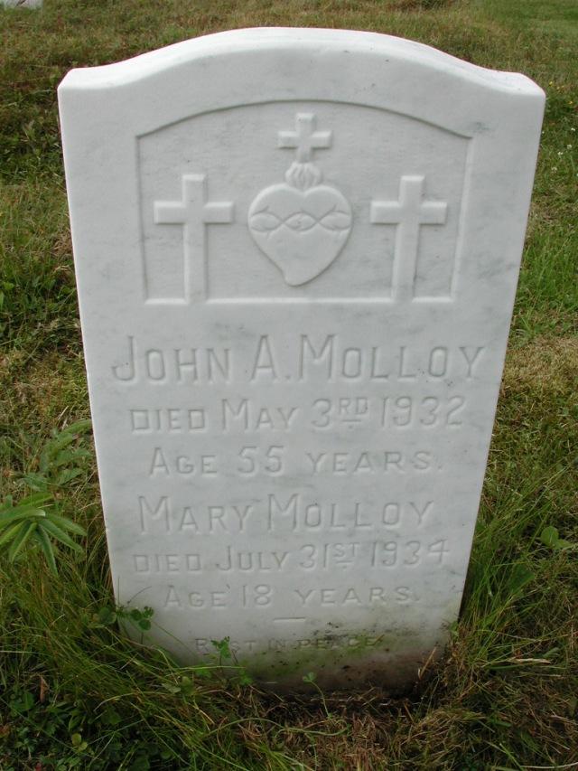 MOLLOY, John A (1932) & Mary (1934) SSH01-9042