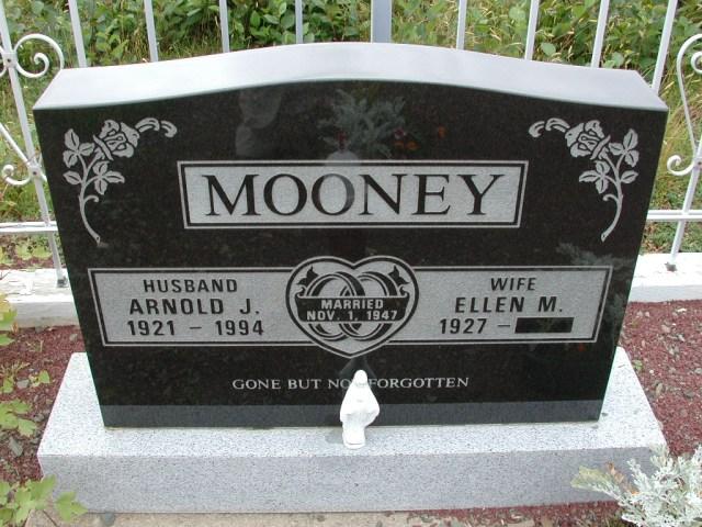MOONEY, Arnold J (1994) & Ellen M BRA01-3136