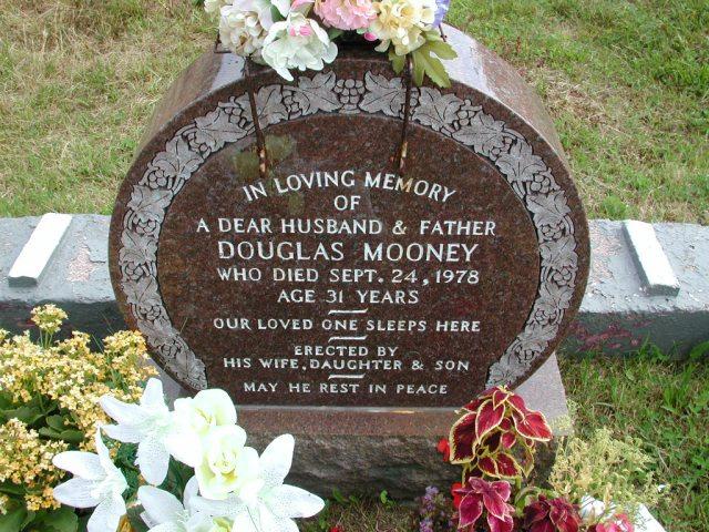 MOONEY, Douglas (1978) STM01-8283