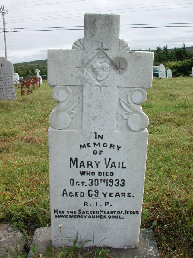 VAIL, Mary (1933) STM01-2371