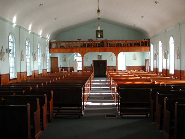-View - inside church STM02-2618