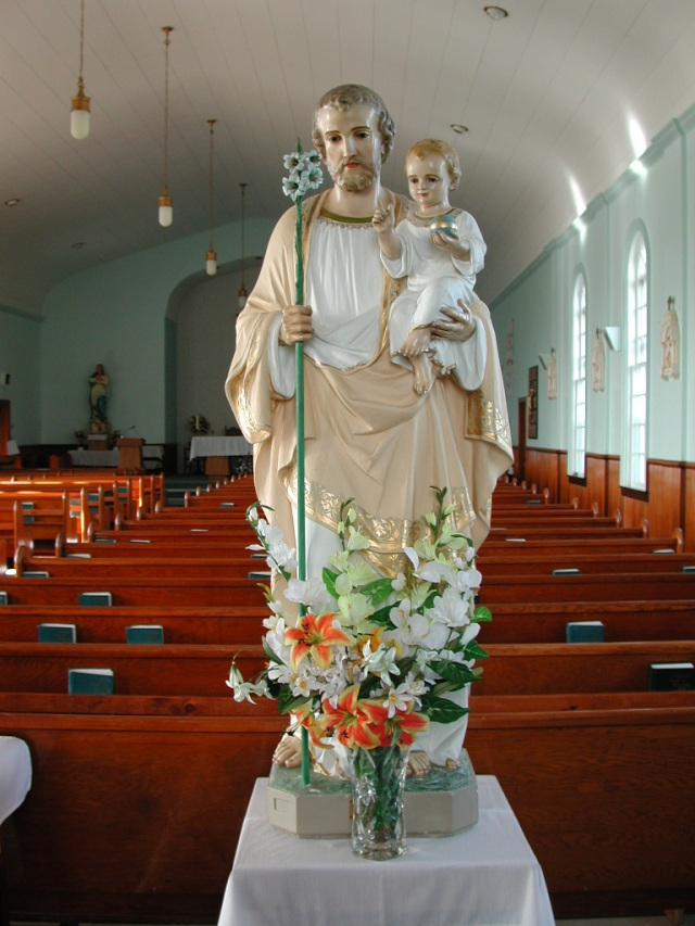 -View - inside church STM02-2619
