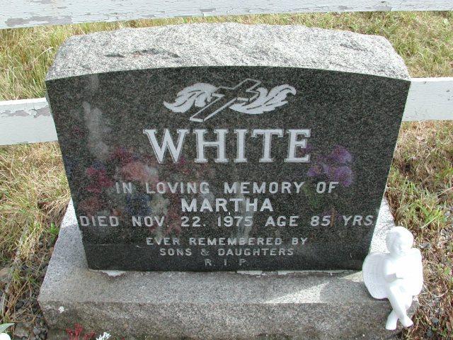 WHITE, Martha (1975) STM01-8238