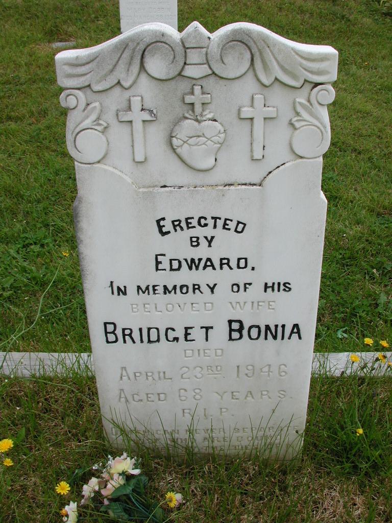 BONIA, Bridget (1946) RIV01-7953