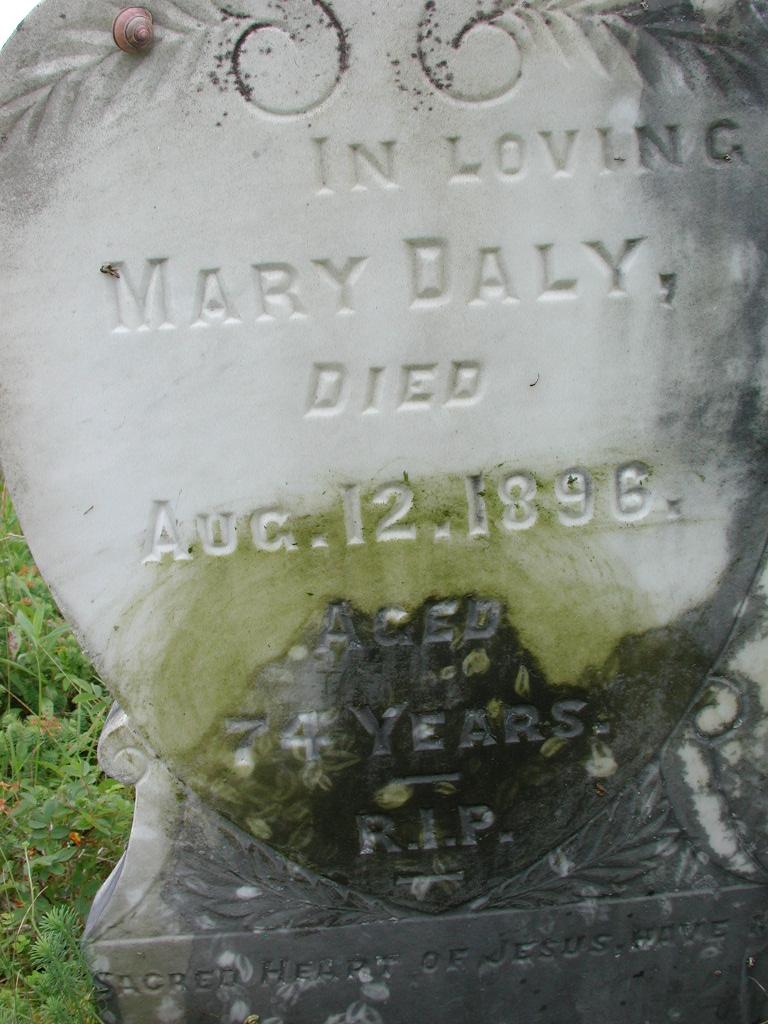 DALY, Daniel (1923) & Mary (1896) RIV01-2126