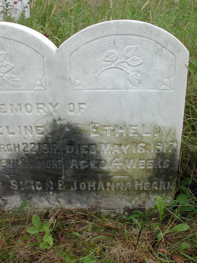 HEARN, Nicholas (1902) & Madeline & Ethel RIV01-2133