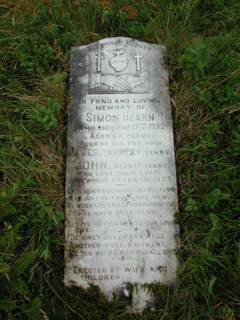 HEARN, Simon (1935) & James & John RIV01-2173