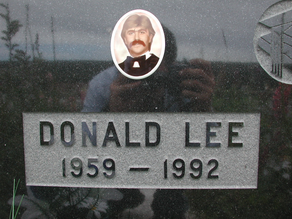 LEE, Donald (1992) RIV01-2231